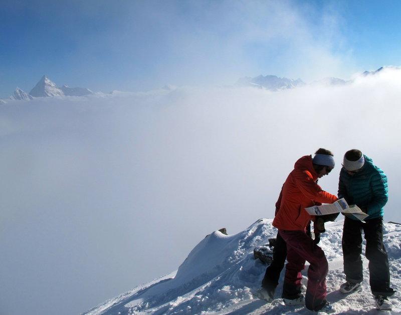 Christina Lusti,Kitt Redhead & Julie Matteau: Video Peak, Rogers Pass