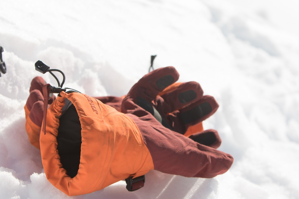 The best cinch system we've ever encountered is on the LIthic Glove