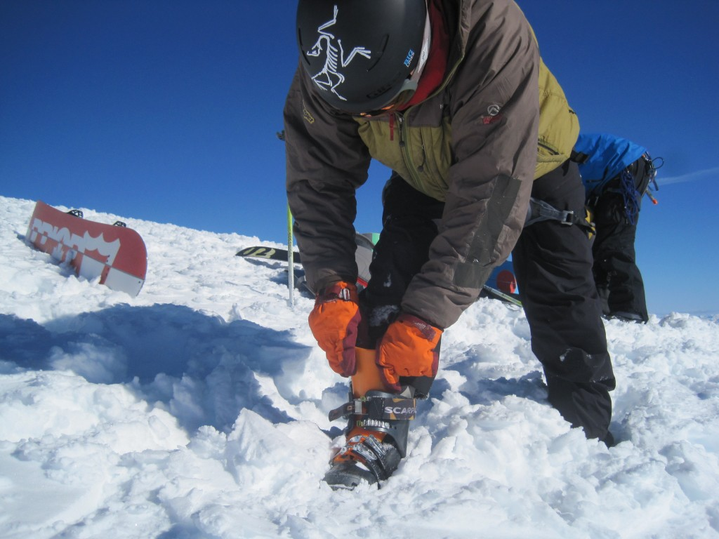 Change over on the top of Mt. Columbia. I managed to take my crampons off, pack them away, put my tongues in and do up my boots, all with the Lithic gloves on.