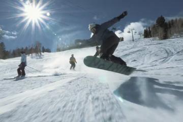 glue snowboard