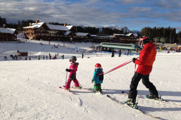 The family that skis together, stays together is what they say...