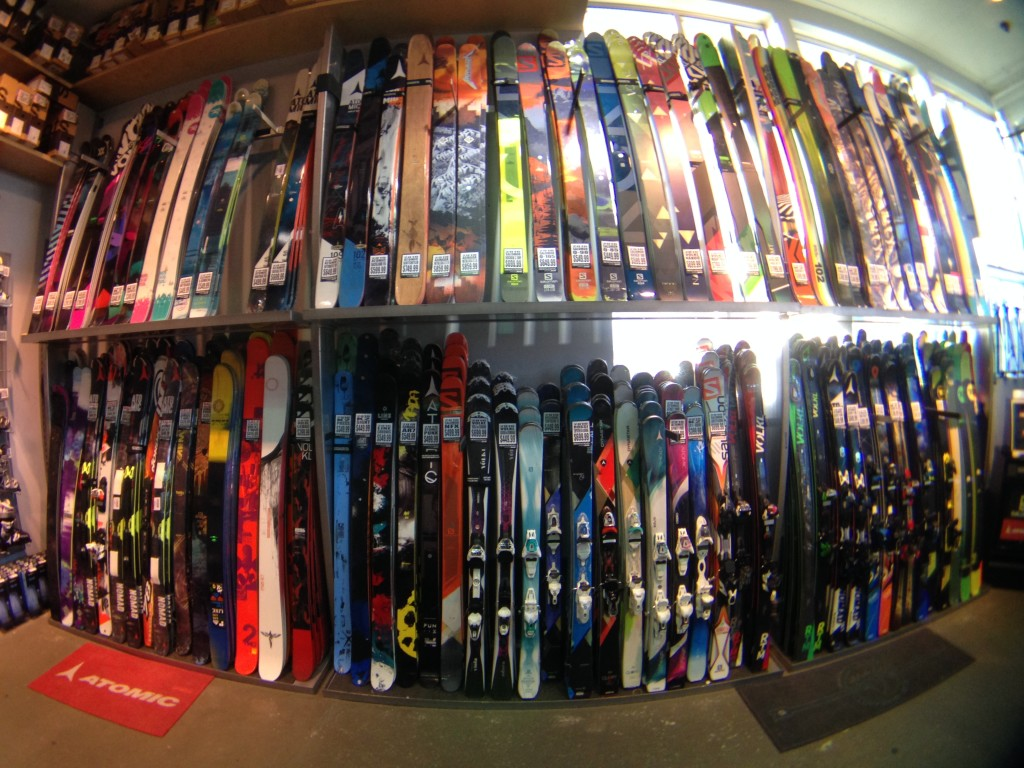 Need new skis? Comor has a wide selection in stock today.